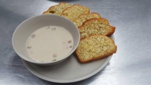 garlic bread with mushroom soup